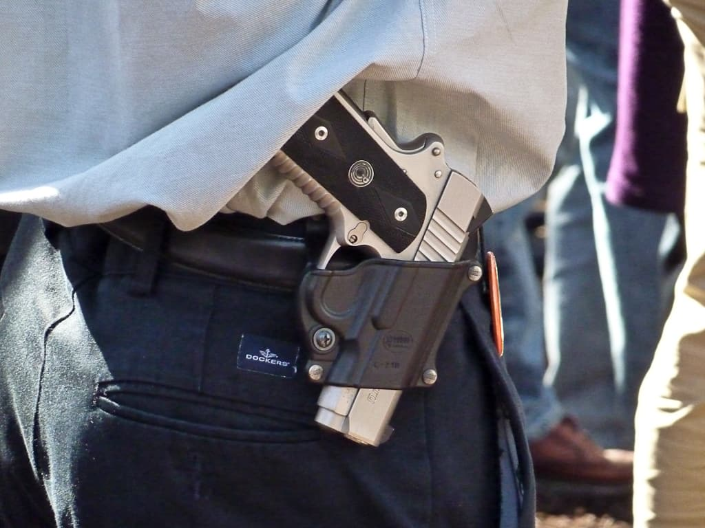 Open Carry What it is and Why You Might (or Might Not) Want to Do it