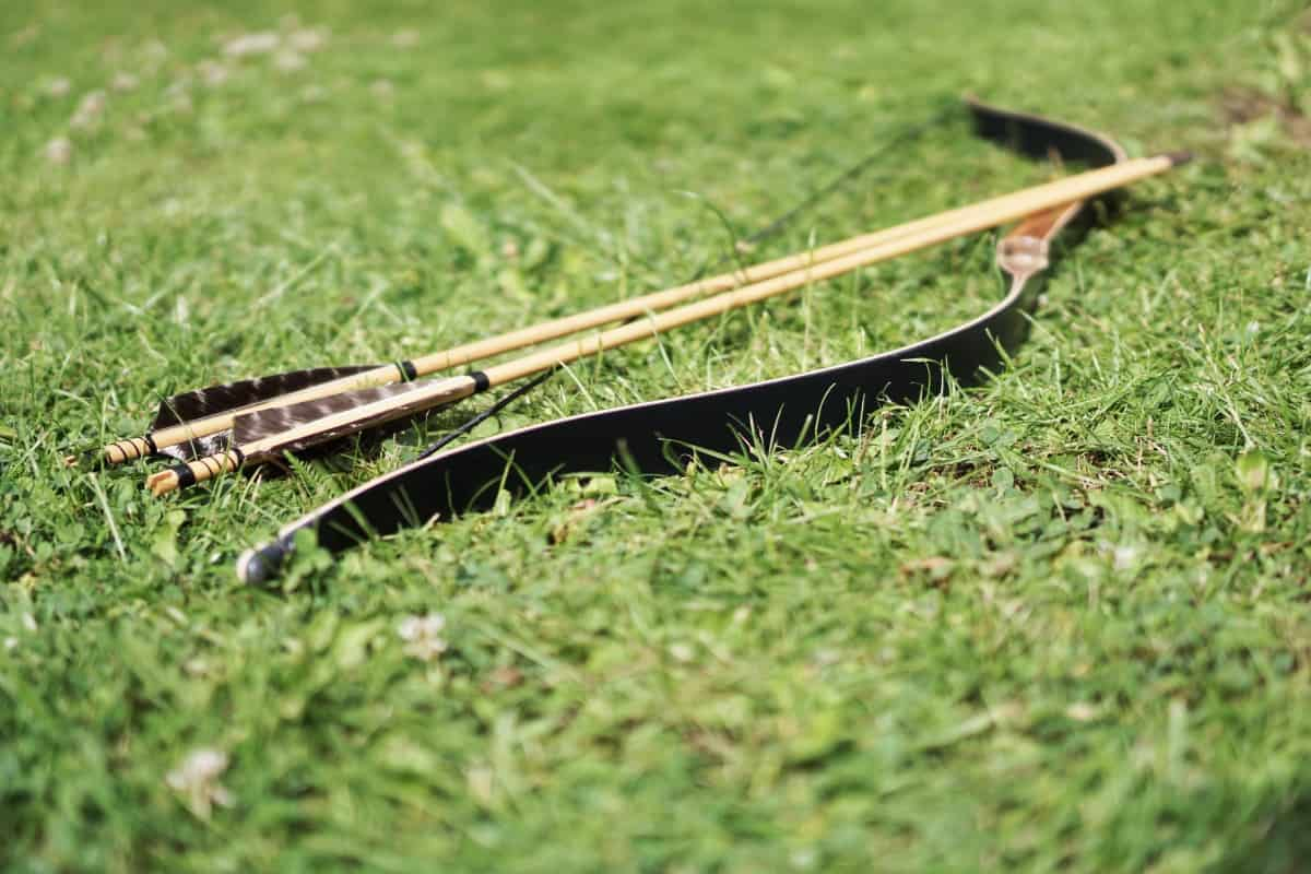 Is it OK to Keep a Recurve Bow Strung